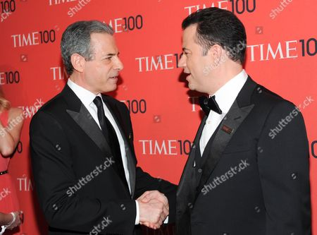 """TIME managing editor Rick Stengel, left, greets honoree Jimmy Kimmel at the TIME 100 Gala celebrating the """"100 Most Influential People in the World"""" at Jazz at Lincoln Center on in New York"""