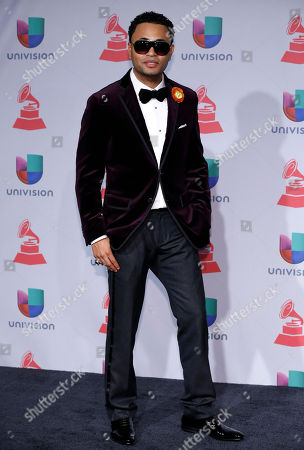 Toby Love arrives at the 14th Annual Latin Grammy Awards at the Mandalay Bay Hotel and Casino, in Las Vegas