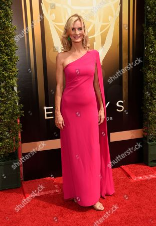 Beth Littleford arrives at the Creative Arts Emmy Awards at the Microsoft Theater, in Los Angeles