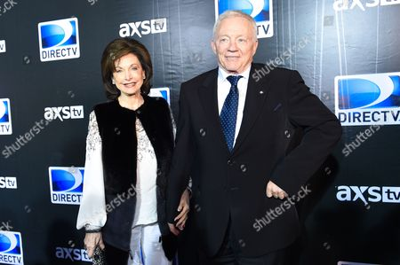 Eugenia Jones, left, and Jerry Jones arrives at the 2015 DIRECTV Super Saturday Night at the Pendergast Family Farm on in Glendale, Ariz