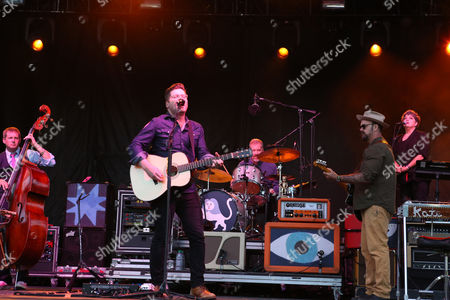 Colin Meloy, Chris Funk, Jenny Conlee, Nate Query and John Moen with The Decemberists performs during the 2016 Shaky Knees Festival at Centennial Olympic Park, in Atlanta