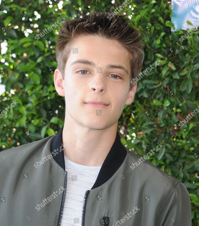 Corey Fogelmanis arrives at the Teen Choice Awards at the Forum, in Inglewood, Calif