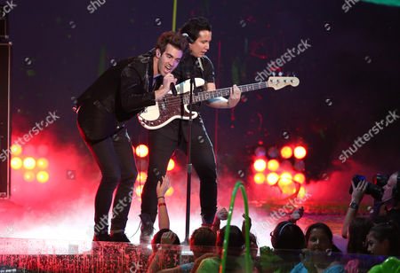Zachary Barnett of American Authors performs on stage at the 27th annual Kids' Choice Awards at the Galen Center, in Los Angeles