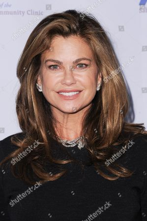 Model Kathy Ireland attends the 39th Annual Dinner Gala to Honor Steve Mosko held at the Beverly Hilton Hotel, in Beverly Hills, Calif