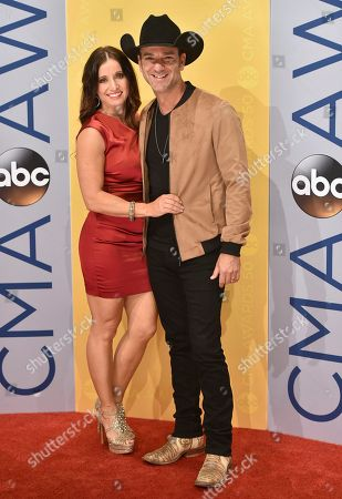 Craig Campbell, right, and Mindy Ellis Campbell arrive at the 50th annual CMA Awards at the Bridgestone Arena, in Nashville, Tenn