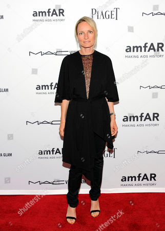 Tina Lutz arrives at the amfAR Inspiration gala at the New York Public Library on in New York