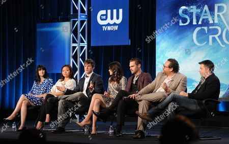 """From left, executive producers Meredith Averill, Adele Lim, cast members Matt Lanter, Aimee Teegarden, Grey Damon, Josh Applebaum and executive producer Andre Nemec participate in the """"Star Crossed"""" panel at the CBS Winter TCA Press Tour, on at the Langham Huntington, in Pasadena, Calif"""