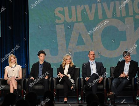 """From left, cast members Claudia Lee, Connor Buckley, Rachael Harris, Christopher Meloni and executive producer Bill Lawrence participate in FOX's """"Surviving Jack"""" panel at the FOX Winter TCA Press Tour, on at the Langham Huntington, in Pasadena, Calif"""