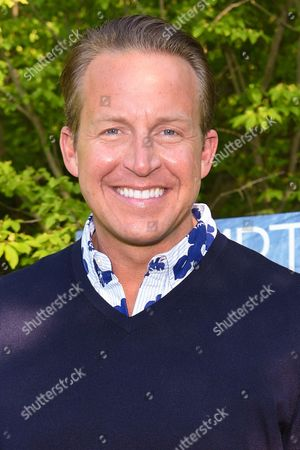 News anchor Chris Wragge attends Hamptons Magazine Memorial Day Soiree celebrating cover star Tracy Anderson, in Southampton