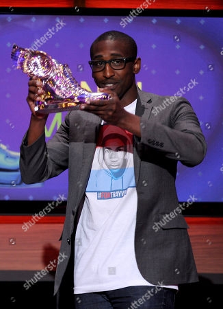 Daniel Maree of Millionhoodies Movement for Justice accepts an award onstage at the 2013 Do Something Awards, on in Hollywood, Calif