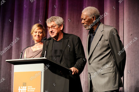 """Cynthia Nixon, and from left, Richard Loncraine and Morgan Freeman speak during the premiere of """"Ruth & Alex"""" on day 2 of the Toronto International Film Festival at the Princess of Wales Theatre, in Toronto"""
