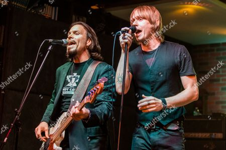 """Sean McNabb, left, and Bryce Soderberg perform during the """"Music On A Mission"""" benefit concert held at Lucky Strike Live - Hollywood on in Los Angeles"""