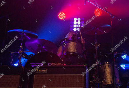 Elaine Bradley with Neon Trees performs at Center Stage, in Atlanta