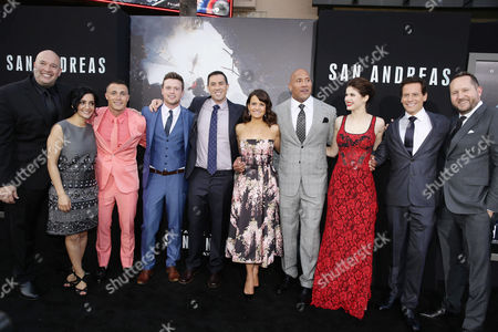 "Producer Hiram Garcia, Archie Panjabi, Colton Haynes, Hugo Johnstone-Burt, Director Brad Peyton, Carla Gugino, Dwayne Johnson, Alexandra Daddario, Ioan Gruffudd and Producer Beau Flynn seen at New Line Cinema presents the Los Angeles World Premiere of ""San Andreas"" at TCL Chinese Theatre, in Hollywood, CA"