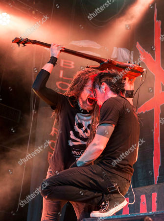 Kyle Sanders and Chad Gray with Hellyeah performs during Rockstar Energy Drink Mayhem Festival 2015 at Aaron's Amphitheatre, in Atlanta
