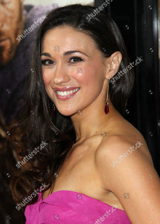 """Jenna Lind arrives at the premiere of """"Spartacus: War of the Damned"""" on in Los Angeles. """"Spartacus: War of the Damned"""" premieres Friday, Jan. 25 at 9PM on STARZ"""