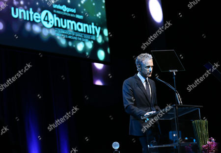 John Sykes, co-founder of MTV and VH1 networks, accepts the Meida Social Visionary Award on stage at unite4:good and Variety's unite4:humanity at Sony Pictures Studios, in Culver City, Calif