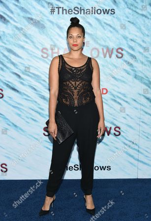 """Julie Henderson attends the world premiere of """"The Shallows"""" at AMC Loews Lincoln Square, in New York"""