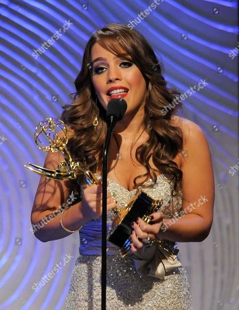 """Vincent Irizarry Kristen Alderson accepts the award for outstanding younger actress in a drama series for """"General Hospital"""" at the 40th Annual Daytime Emmy Awards, in Beverly Hills, Calif"""