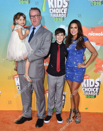 Maya Le Clark, from left, Chris Tallman, Rosa Blasi, and Diego Velazquez arrive at the Kids' Choice Awards at The Forum, in Inglewood, Calif