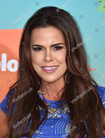 Rosa Blasi arrives at the Kids' Choice Awards at The Forum, in Inglewood, Calif