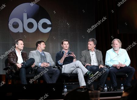 "From left, Christian Slater, Steve Zahn, executive producers Kyle Killen, Donald Tudd and Timothy Bustfield participate in the ""Mind Games"" panel discussion at the Disney/ABC Winter 2014 TCA Press Tour on in Pasadena, Calif"
