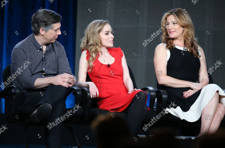 """From left, Chris Parnell, Allie Grant and Ana Gasteyer participate in the """"Suburgatory"""" panel discussion at the Disney/ABC Winter 2014 TCA Press Tour on in Pasadena, Calif"""
