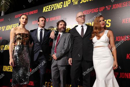"Gal Gadot, Jon Hamm, Zach Galifianakis, Director Greg Mottola and Isla Fisher seen at Twentieth Century Fox ""Keeping Up with the Joneses"" red carpet event, in Los Angeles"