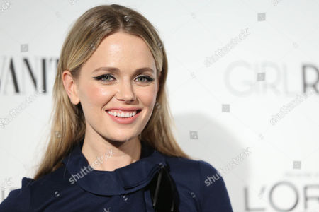 Katia Winter attends the Vanity Fair And L'oreal Paris DJ Night at 1Oak on in West Hollywood, Calif