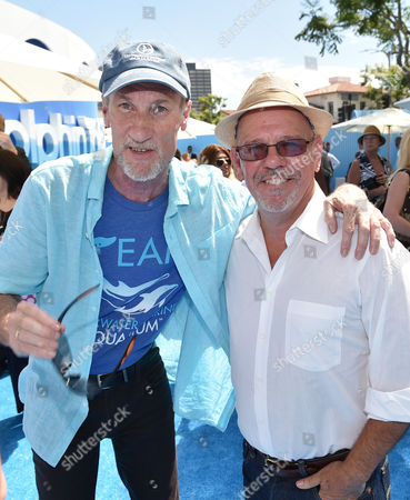 """Executive Producer David Yates and Director Charles Martin Smith seen at Warner Bros. Pictures' and Alcon Entertainment's """"Dolphin Tale 2"""" Los Angeles Premiere held at the Regency Village Theatre, Westwood, Calif"""