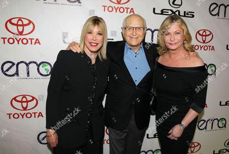 Debbie Levin, left, President of the Environmental Media Association, Norman Lear, center, and Lyn Davis arrive at the 22nd Annual Environmental Media Awards, at Warner Bros. Studios in Burbank, Calif
