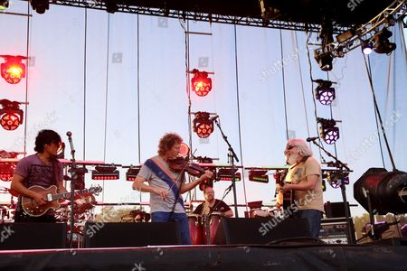 Michael Kang (L), Bill Nershi (R) and the String Cheese Incident with special guest Sam Bush (C) performs at the 2014 Lock'n Festival, in Arrington, Virginia