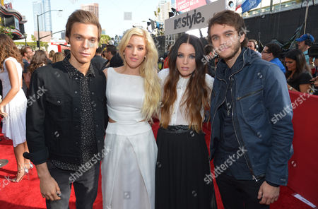 From left, Matthew Koma, Ellie Goulding, Miriam Bryant and Zedd arrive at the 2014 MTV Movie Awards, on in Los Angeles