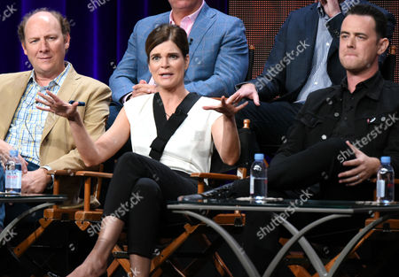 """Dan Bakkedahl, from left, Betsy Brandt, Justin Adler, Colin Hanks and Aaron Kaplan participate in the """"Life in Pieces"""" panel at the CBS Summer TCA Tour at the Beverly Hilton Hotel, in Beverly Hills, Calif"""