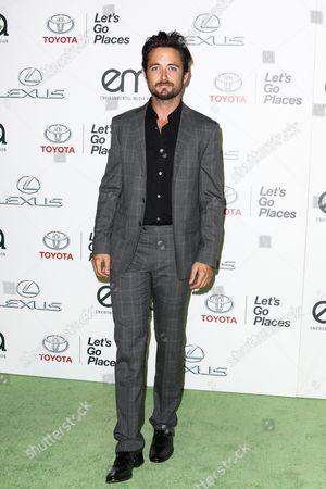 Justin Chatwin attends the 25th Annual Environmental Media Awards held at Warner Bros. Studios, in Burbank, Calif