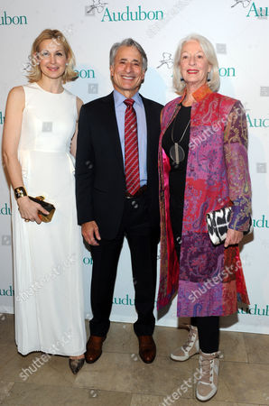David Yarnold, center, President and CEO, National Audubon Society, with Jane Alexander, right, actress and National Audubon Society board member, and Kelly Rutherford attend the National Audubon Society's 2nd Annual Gala Dinner, in New York