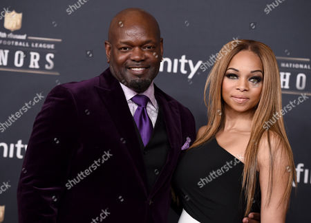 Former NFL player Emmitt Smith, left, and Patricia Southall arrive at the 4th annual NFL Honors at the Phoenix Convention Center Symphony Hall on