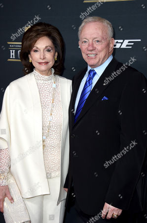 Jerry Jones, right, and Eugenia Jones arrive at the 5th annual NFL Honors at the Bill Graham Civic Auditorium, in San Francisco