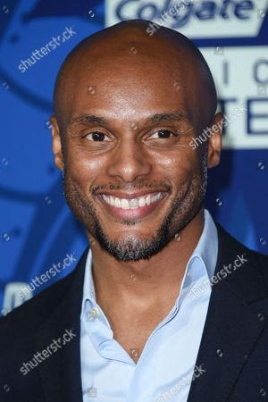 Kenny Lattimore arrives at the 6th Annual ESSENCE Black Woman In Music held at Avalon, in Los Angeles