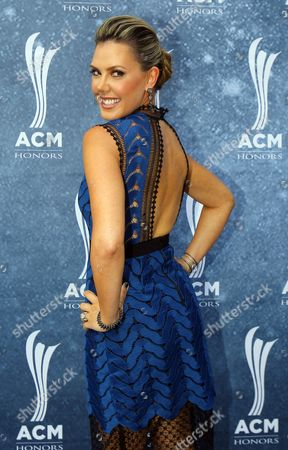Fashion designer Kendra Scott arrives at the 9th Annual ACM Honors at The Ryman Auditorium on in Nashville, Tenn