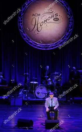 Roy Clark performs at the 9th Annual ACM Honors at The Ryman Auditorium on in Nashville, Tenn