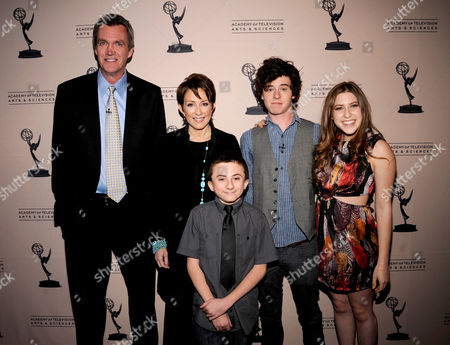 """MARCH 26: (L-R) Neil Flynn, Patricia Heaton, Atticus Shaffer, Charlie McDermott and Eden Sher arrive at the Academy of Television Arts & Sciences Presents an Evening with """"The Middle"""" on in North Hollywood, California"""
