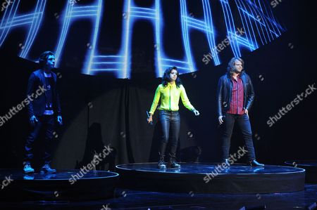 EXCLUSIVE IMAGE Sam Woolf, Jenna Irene and Caleb Johnson perform during American Idols Live! 2014 at the Broward Center for the Performing Arts on in Ft Lauderdale, Florida. (Photo by