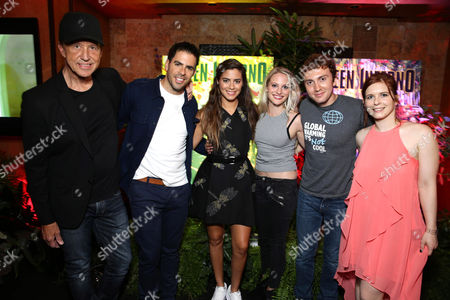 """Artist Jim Evans, Director Eli Roth, Lorenza Izzo, Kirby Bliss Blanton, Daryl Sabara and Magda Apanowicz seen at Eli Roth and BH Tilt """"The Green Inferno"""" at 2015 Comic-Con, in San Diego"""