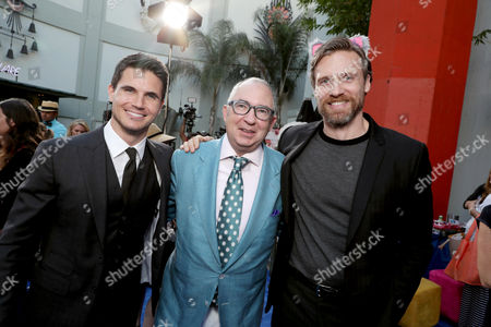 """Robbie Amell, Director Barry Sonnenfeld and Teddy Sears seen at EuropaCorp Presents the World Premiere of """"Nine Lives"""" at TCL Chinese Theatre, in Los Angeles"""