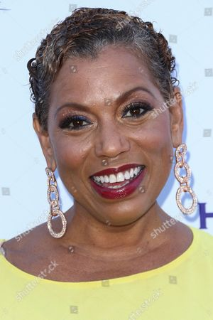 Rolonda Watts attends HollyRod's 17th Annual DesignCare Gala held at The Lot Studios, in West Hollywood, Calif