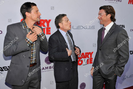 "Producer David Zucker, center, mingles with cast members Simon Rex, left, and Jerry O'Connell at the Los Angeles premiere of ""Scary Movie V"" at the Cinerama Dome on in Los Angeles"
