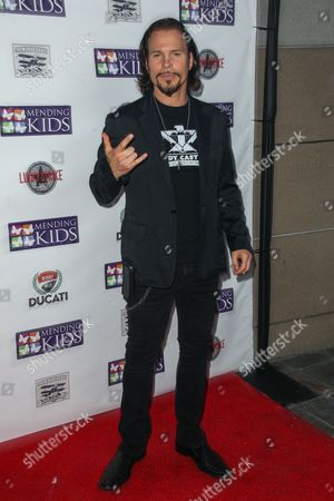 """Sean McNabb attends the """"Music On A Mission"""" benefit concert held at Lucky Strike Live - Hollywood on in Los Angeles"""