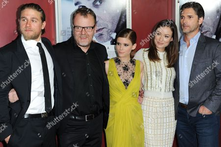 """From left, Charlie Hunnam, Stefan Ruzowitzky, Kate Mara, Olivia Wilde, and Eric Bana attend the LA premiere of """"Deadfall"""" at Arclight Cinema, in Los Angeles"""