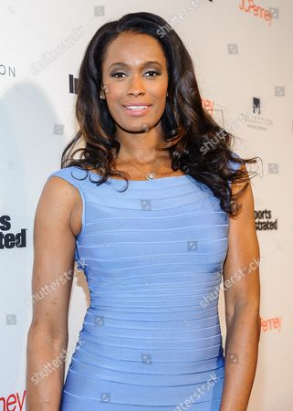 Swin Cash attends Sports Illustrated's Fashionable 50 NYC Event at Vandal, in New York